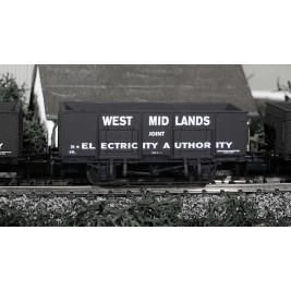 2F-038-007 N Gauge 20T Mineral Wagon West Midlands Electricity
