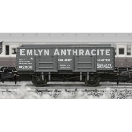 2F-038-009 N Gauge 20T Mineral Wagon Emlyn Anthracite
