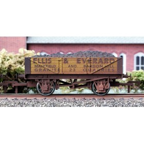 B883W OO Gauge 4 Plank Wagon Ellis & Everard Weathered