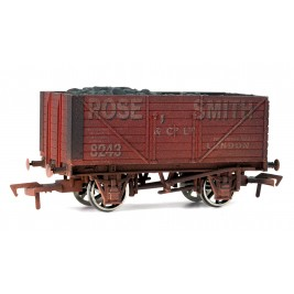 4F-080-103 OO Gauge 8 Plank Wagon  Rose Smith Weathered