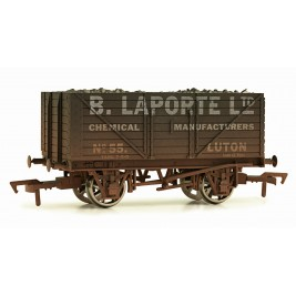 4F-080-105 OO Gauge 8 Plank Wagon  Laport Ltd  Weathered