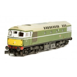 ND145J N Gauge Class 26 #D5326 BR Green small yellow warning panel and disc