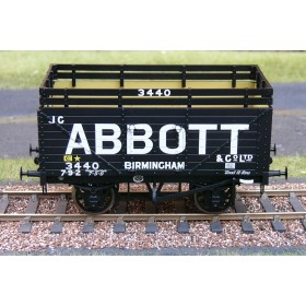 323 8 Plank Open Wagon with Coke Rails - Abbott