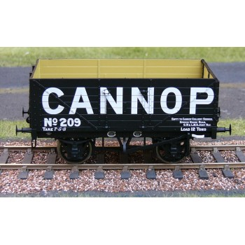 326 7 Plank Open Wagon - Cannop