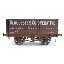 7F-071-025W O Gauge 7 Plank Open Wagon   Gloucester CoOp 47 Weathered