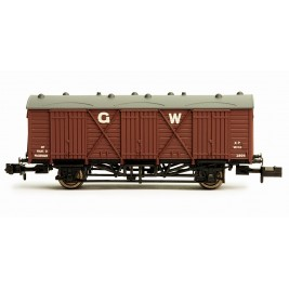 2F-014-006 N Gauge Fruit D #2894 'G.W.' lettering  GWR BROWN