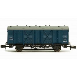 2F-014-007 N Gauge Fruit D #W38121 BR BLUE with dark grey roof