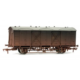 4F-014-002 OO Gauge Fruit D GWR SHIRTBUTTON #2881 Weathered