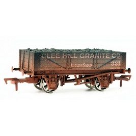 4F-040-004 OO Gauge 4 Plank Wagon Clee Hill Granite Weathered
