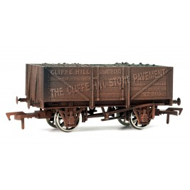 4F-051-010 OO Gauge 5 Plank Wagon 10' Wheelbase  Cliffe Hill Weathered