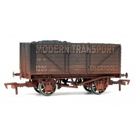 4F-080-101 OO Gauge 8 Plank Wagon  Modern Transport Weathered