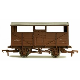 4F-020-010  OO Gauge Cattle Wagon BR B893521 Weathered